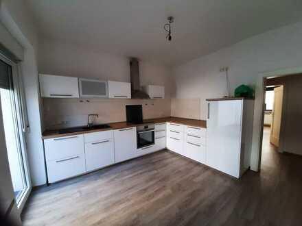5 Zimmer zum Wohnen oder Arbeiten oder beides ca. 150 m² mit großer Terrasse