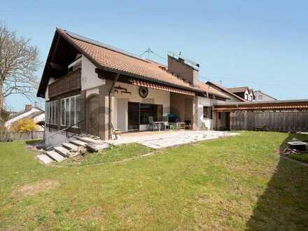 Gehobene Familienoase mit Schwimmbad, Sauna und Garten in Ruhelage nahe Augsburg