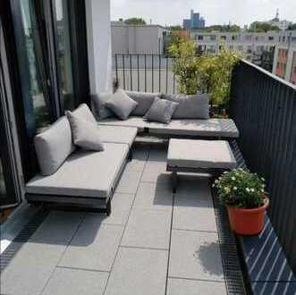 Lichtdurchflutete, gut geschnittene 4-Zimmer-Penthouse-Wohnung mit großem Balkon in Zollstock, Köln