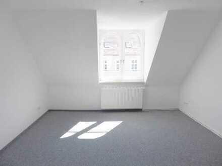 Bild_Zentrale 2-Zimmer-Wohnung mit Einbauküche in der Innenstadt von Neuruppin