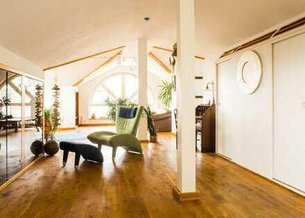 Representative Studio/Loftwohnung + Garten 150m2