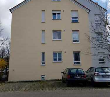 Exklusive, gepflegte 4-Zimmer-Wohnung mit Balkon und Einbauküche in Waiblingen