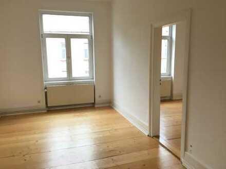 Erstbezug nach Teilsanierung: teilmöb. 3-ZKB AB-Wohnung im Nordend / Bornheim