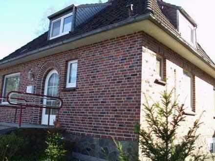 Vollständig renoviertes 5-Zimmer-Einfamilienhaus mit EBK in Brreitenburg - Nordoe