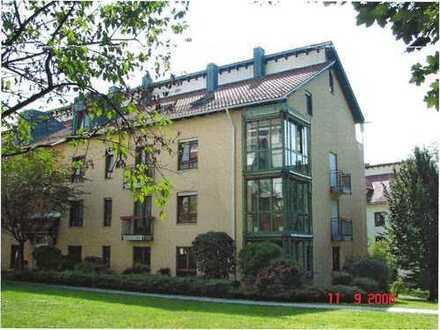 Schöne, ruhige 2-Zimmer Wohnung mit Wintergarten