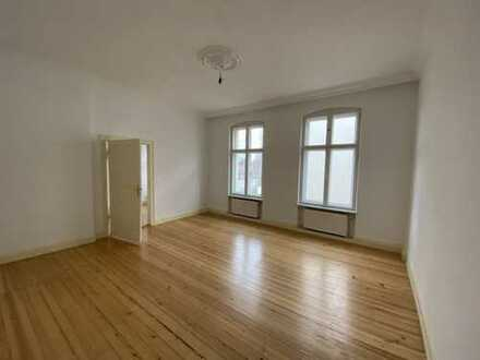 MY HOME IS MY CASTLE - Wohlfühlwohnung in Altbaudenkmal