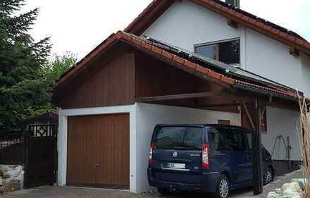 Schönes, geräumiges Haus mit sechs Zimmern in Ebersberg (Kreis), Steinhöring