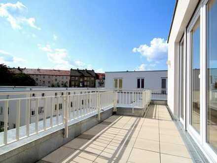 Helle DG-Wohnung mit Terrasse, Bodenheizung und EBK
