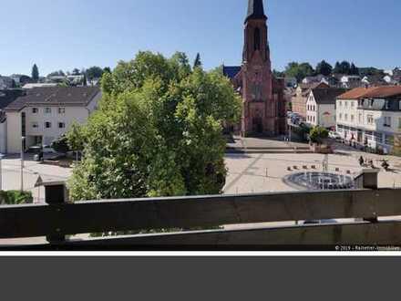 Mitten in der Stadt - Blick auf den Ludwigsplatz! 2 ZKB Wohnung im 3. OG + TG-Stellplatz