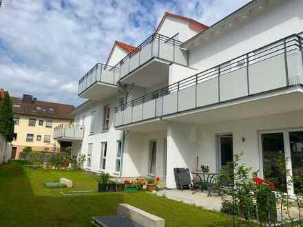 Erstbezug: Hochwertige 3-Zimmer-Wohnung mit Südbalkon und 2 Tiefgaragen-Stellplätze in Aschaffenburg