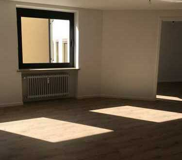 Erstbezug nach Sanierung - Wohnung in zentraler Lage