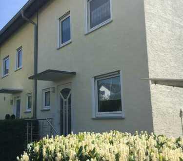 Gepflegte Doppelhaushälfte in ruhiger Lage 71263 Weil der Stadt von privat zu verkaufen