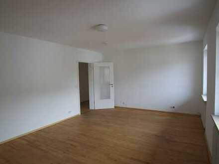 Exklusive, modernisierte 3-Zimmer-Wohnung in Prien