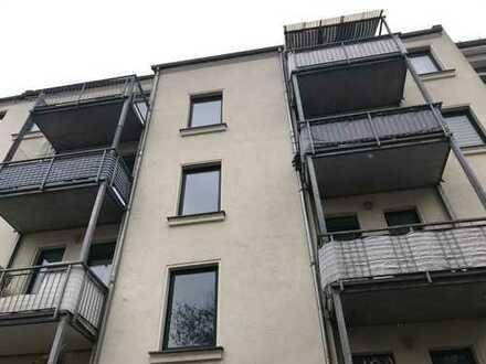 Attraktives Mehrfamilienhaus mit 8 Wohnungen und Balkonen