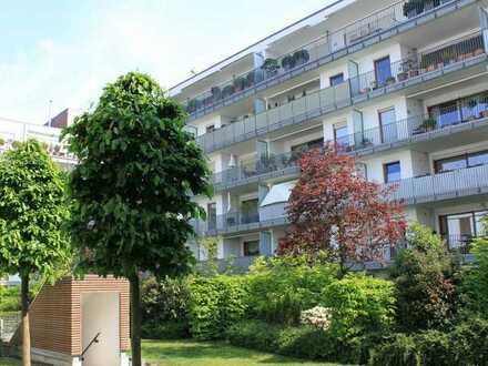Juwel in der Bankstraße: Helle 4-Zimmer-Wohnung mit großem Balkon