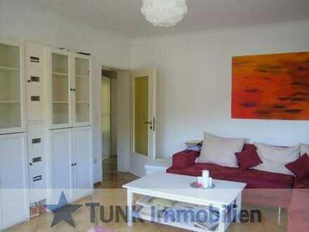 Attraktive 4-Zi.-Wohnung mit Balkon u. Gartenanteil in Kahl