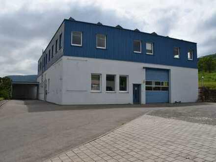 Werkhalle mit Büro und Wohnung