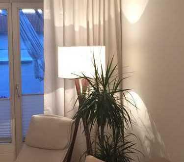 Attraktive 3,5-Zimmer-Penthouse-Wohnung mit Balkon und Einbauküche in Ingolstadt