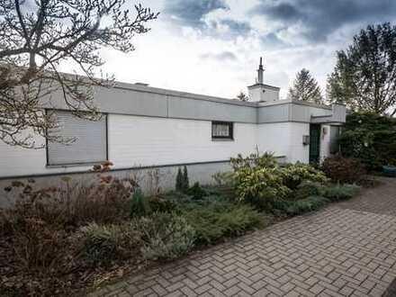 Schönes, geräumiges Haus mit vier Zimmern in Bonn, Bad Godesberg/Schweinheim
