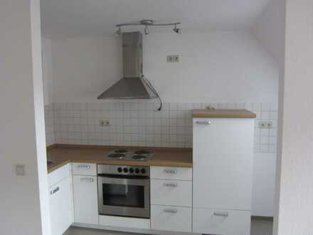 Helle Einzimmerwohnung mit Abstellraum