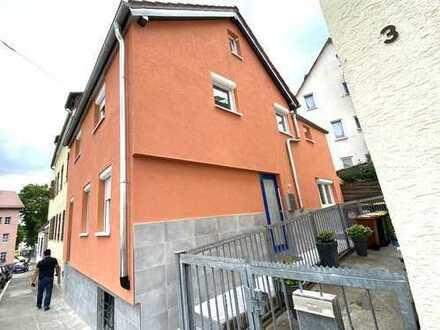 Schönes Haus mit vier Zimmern in Stuttgart, Ost
