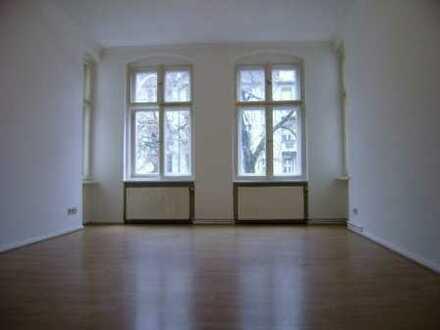Pankow! Wunderschöne geräumige 1-Zimmerwohnung-Einbauküche-modernes Bad- ca. 45 m² - 490€ + Heizung