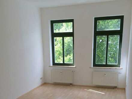 Vermietete 2-Zimmer-ETW mit Süd-Balkon in kernsaniertem Altbau