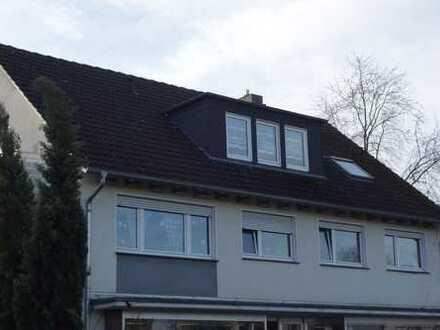 Großzügige 4-Zimmer-Wohnung mit Balkon in Gütersloh