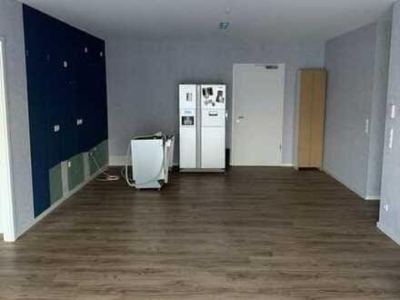 Schöne 4-Zimmer-Wohnung mit Balkon in Aschaffenburg