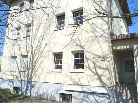Schöne 3-Zimmer-Wohnung im 2. OG