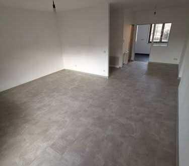 Vollständig renovierte 3,5+1 Zimmer-Wohnung mit Balkon in 71638, Ludwigsburg
