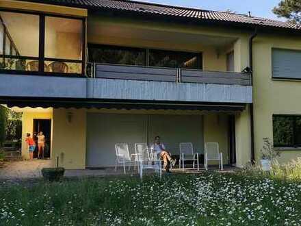Modernisierte 2-Raum-Wohnung mit Terrasse in Oberheinriet