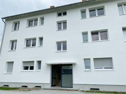 Großzügige, frisch sanierte 4 Zimmer, Küche, Bad, Balkon Wohnung zu vermieten