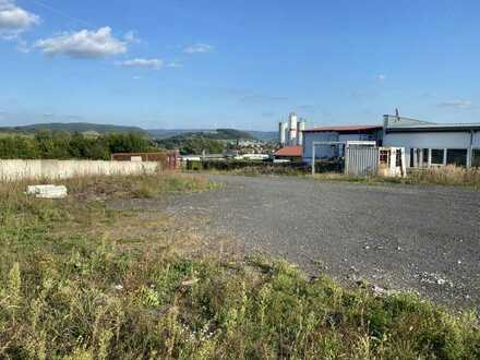 Stellfläche (ab 500 ² mietbar, maximal 2000 m²) im Freien auf abgeschlossenem Gelände in Schlüchter
