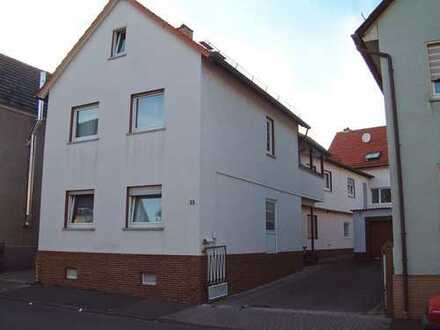 Schöne, geräumige 3-Zimmer-Wohnung mit Mansarde in Gießen