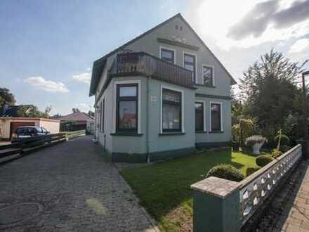 Zweifamilienhaus mit Anbau in zentraler Lage von Delmenhorst