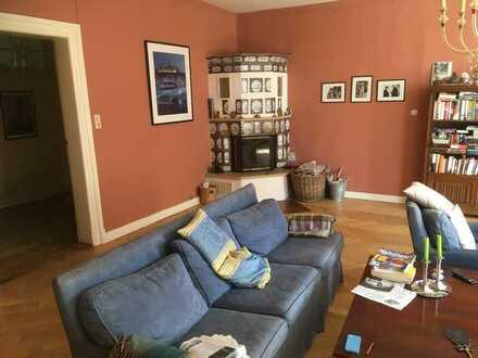 Preiswerte, sanierte 5-Zimmer-Wohnung mit Balkon und Einbauküche im zentralen Wendland