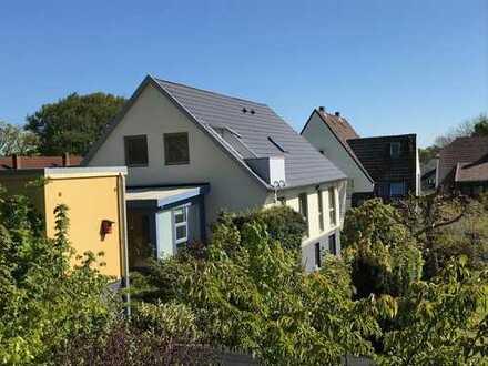 Sanierte Dachgeschosswohnung in unmittelbarer Strandnähe!