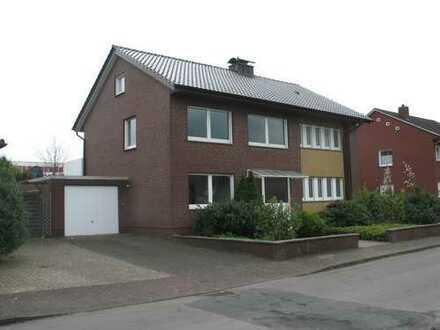 Modernisierte 3,5-Zimmer-Wohnung mit Balkon und EBK in Stadtlohn