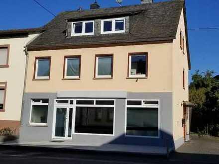 Binsfeld, gepflegtes Wohn- und Geschäftshaus im Ortskern zu verkaufen