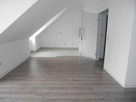 Oberer Steinweg 10, WE 06 --- 1-Raum-Wohnung mit Duschbad