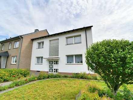 Dormagen-Delhoven: Großzügige 3 Zimmer Wohnung mit Balkon