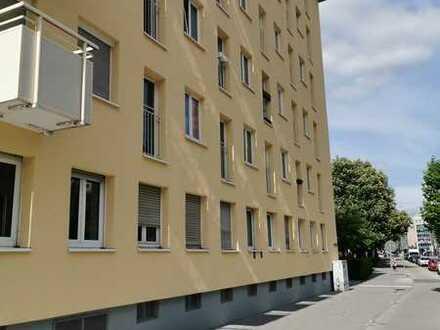 Haidhausen: Attraktives, sofort verfügbares 1-Zi.-Apartment mit separater Küche