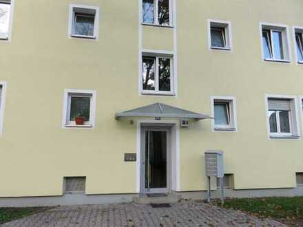Schöne, modernisierte 2-Zimmer-Wohnung mit Wohnküche zu vermieten