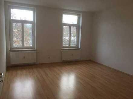 Stadtparknähe - 3 Zimmer-Wohnung mit Balkon & Aufzug!
