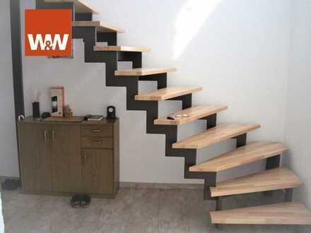 Eigentumswohnung mit Hauscharakter und Ausbaufläche im Dachgeschoss