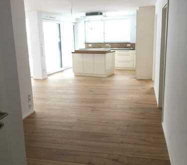 Neuwertige 3-Zimmer-Hochparterre-Wohnung mit Terrasse und Einbauküche in Nagold im Riedbrunnen