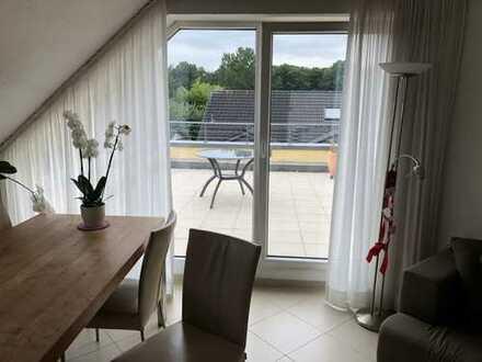 Sonnige 3-Zimmer-Wohnung in Köln-Dellbrück mit großer Dachterrasse