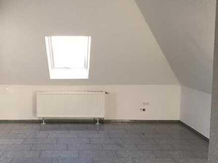 1 Zimmer in 3er Wg