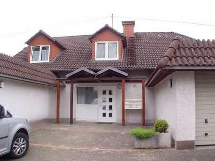 Weidenau, Sonnige 3-ZKB-Gäste-WC Komfort-DG-Wohnung, Balkon, in Top Lage am Haardter Berg !